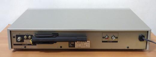 Stj7504