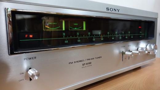 Sony_st515003